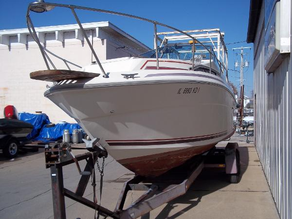 1984 Sea Ray boat for sale, model of the boat is SRV 260 Sundancer & Image # 7 of 28
