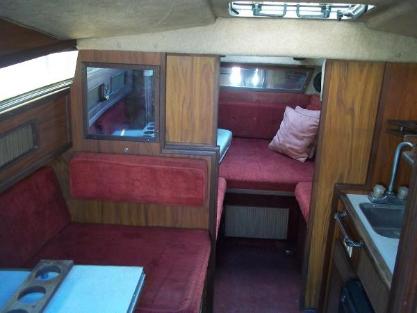 1984 Sea Ray boat for sale, model of the boat is SRV 260 Sundancer & Image # 20 of 28