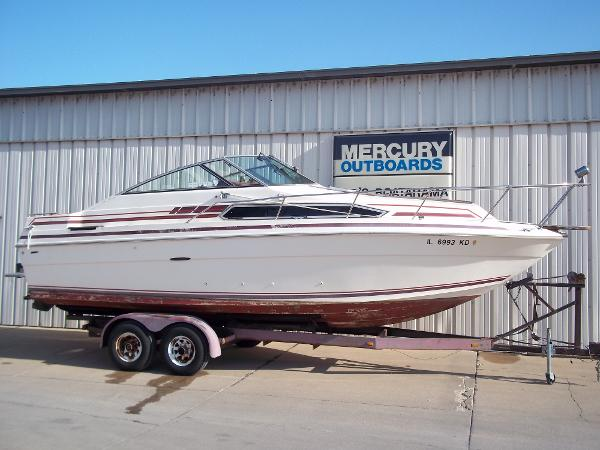1984 Sea Ray boat for sale, model of the boat is SRV 260 Sundancer & Image # 1 of 28