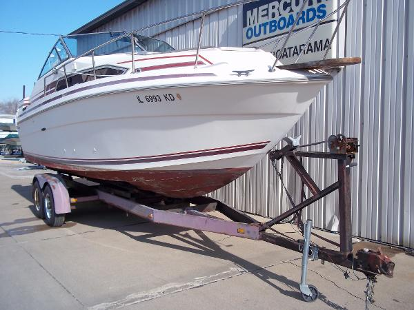 1984 Sea Ray boat for sale, model of the boat is SRV 260 Sundancer & Image # 4 of 28