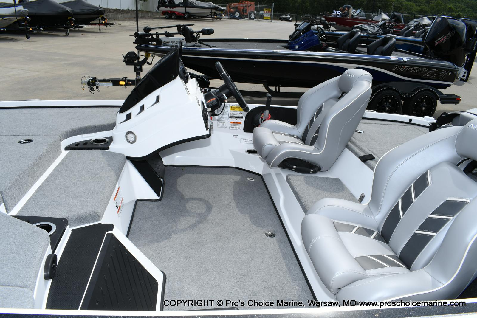 2021 Nitro boat for sale, model of the boat is Z18 Pro Package w/150HP Pro-XS & Image # 14 of 50