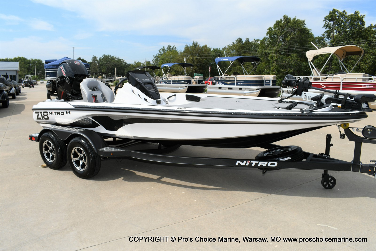 2021 Nitro boat for sale, model of the boat is Z18 Pro Package w/150HP Pro-XS & Image # 21 of 50