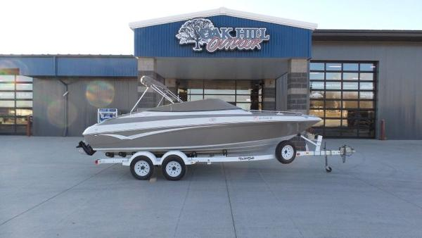2002 Crownline boat for sale, model of the boat is 202 & Image # 12 of 20
