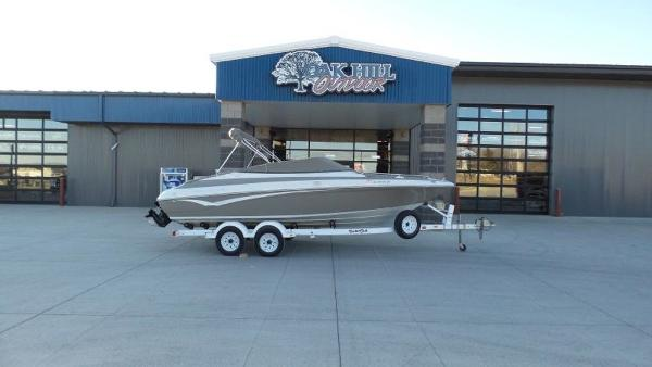 2002 Crownline boat for sale, model of the boat is 202 & Image # 20 of 20