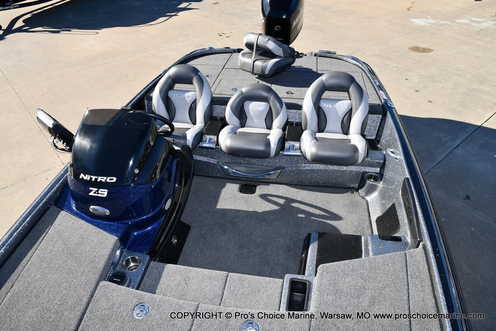 2015 Nitro boat for sale, model of the boat is Z-9 w/250HP Mercury Pro-XS & Image # 15 of 50