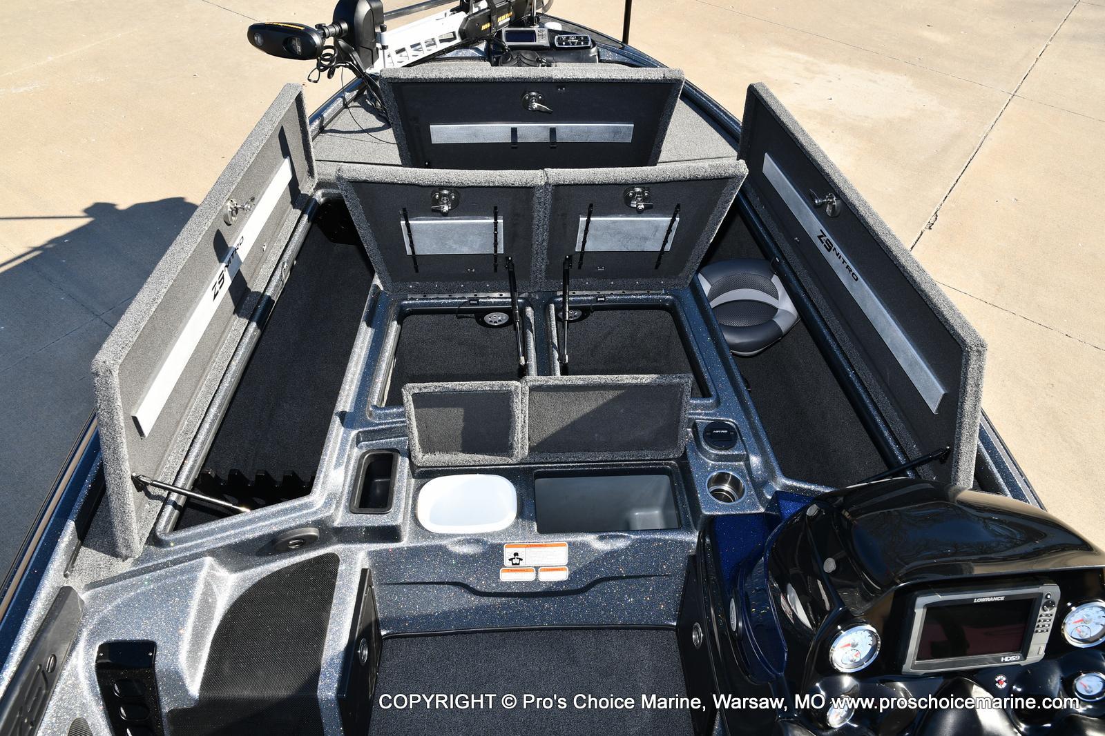 2015 Nitro boat for sale, model of the boat is Z-9 w/250HP Mercury Pro-XS & Image # 16 of 50
