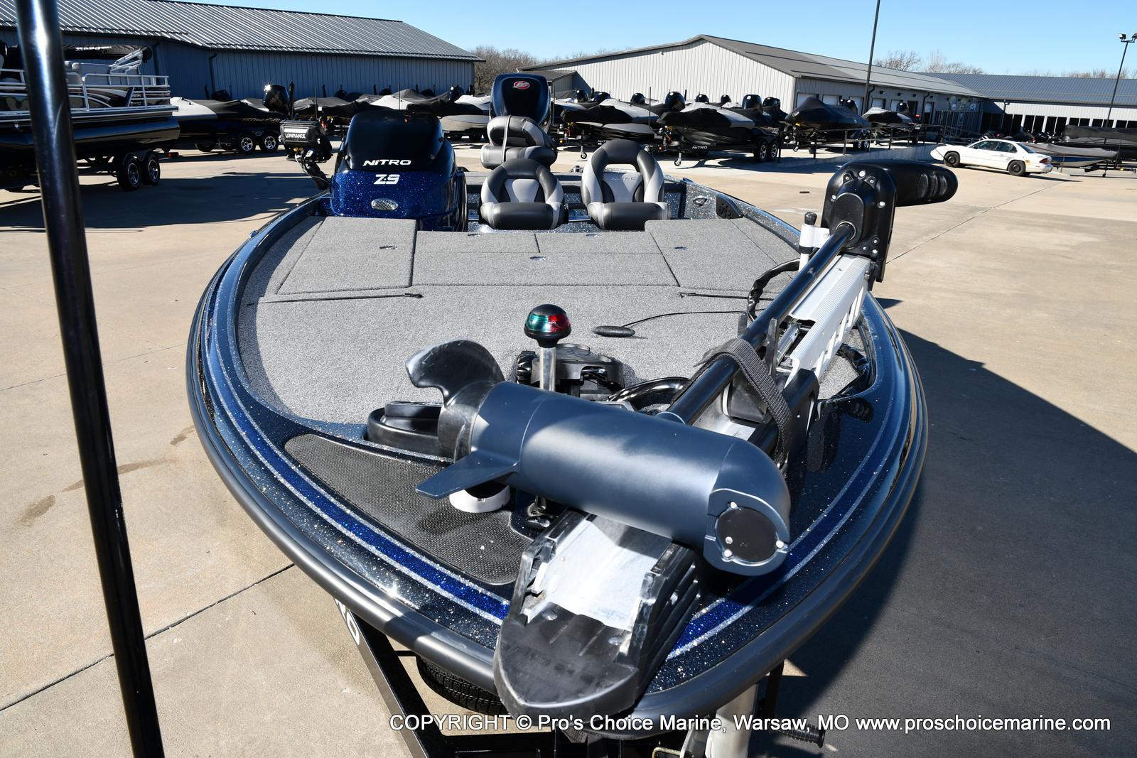2015 Nitro boat for sale, model of the boat is Z-9 w/250HP Mercury Pro-XS & Image # 6 of 50