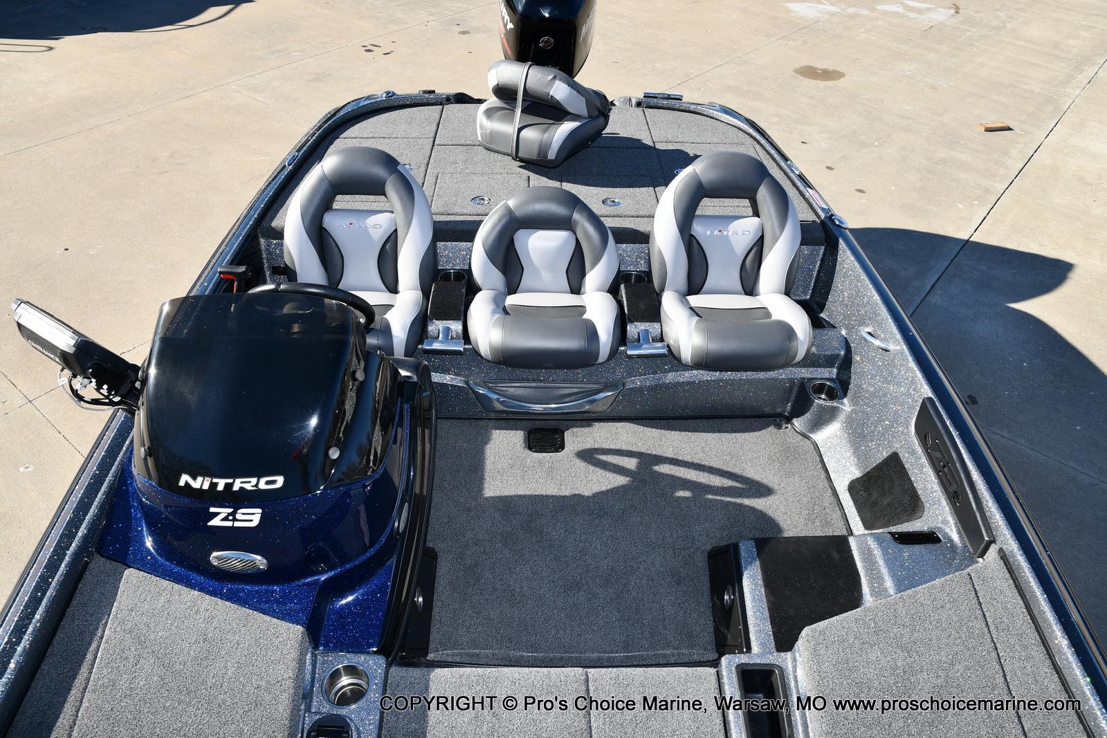 2015 Nitro boat for sale, model of the boat is Z-9 w/250HP Mercury Pro-XS & Image # 33 of 50