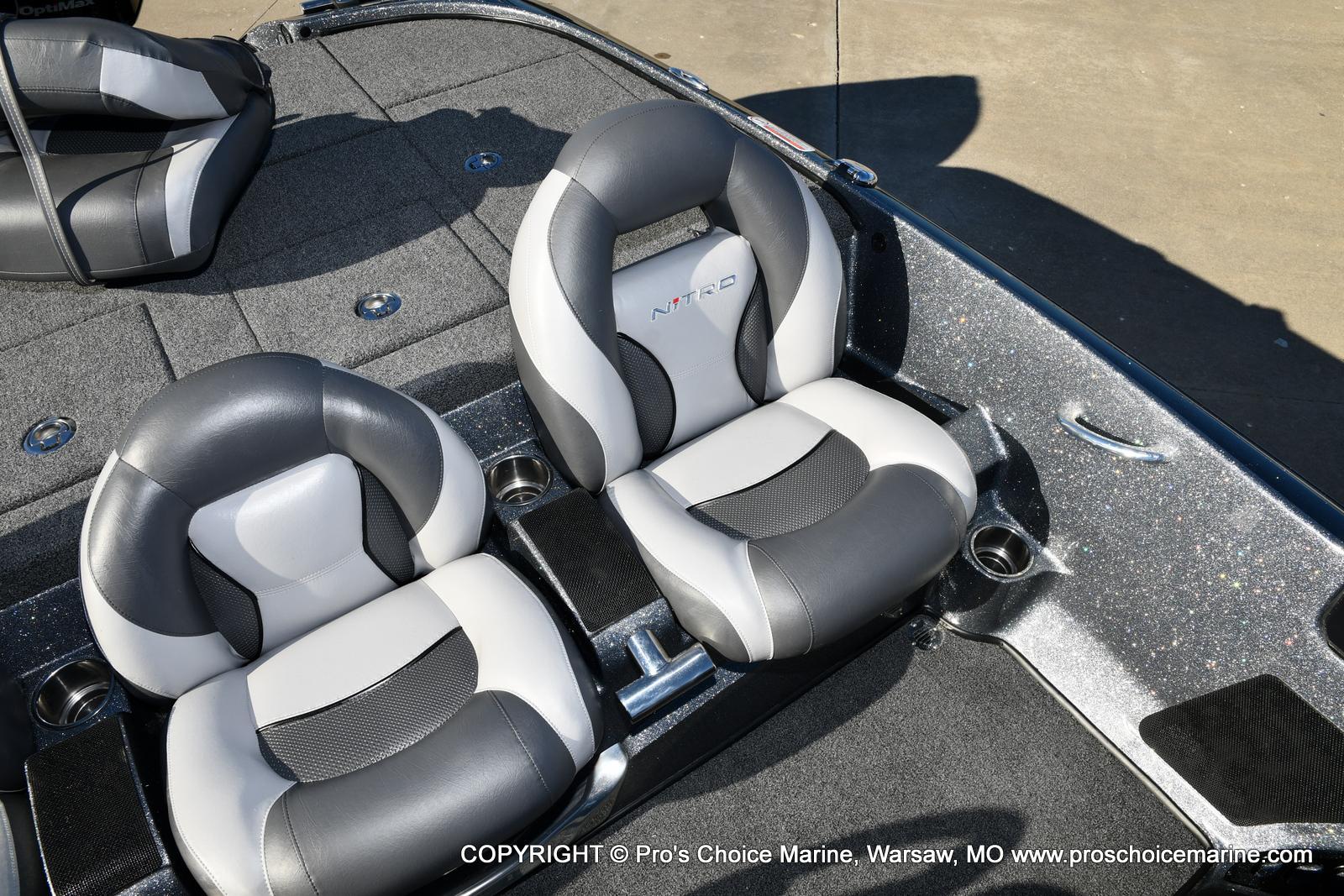 2015 Nitro boat for sale, model of the boat is Z-9 w/250HP Mercury Pro-XS & Image # 35 of 50