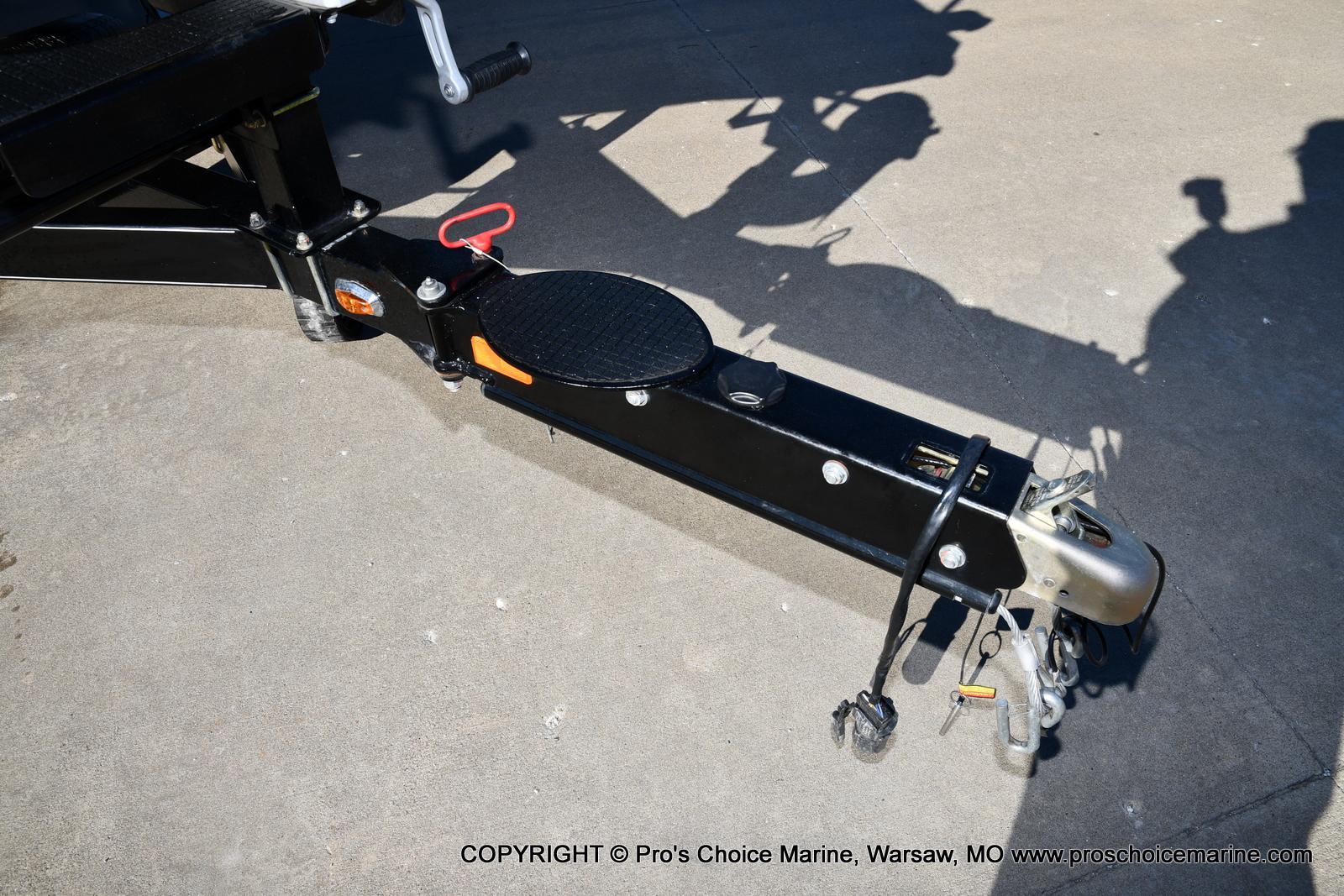 2015 Nitro boat for sale, model of the boat is Z-9 w/250HP Mercury Pro-XS & Image # 38 of 50
