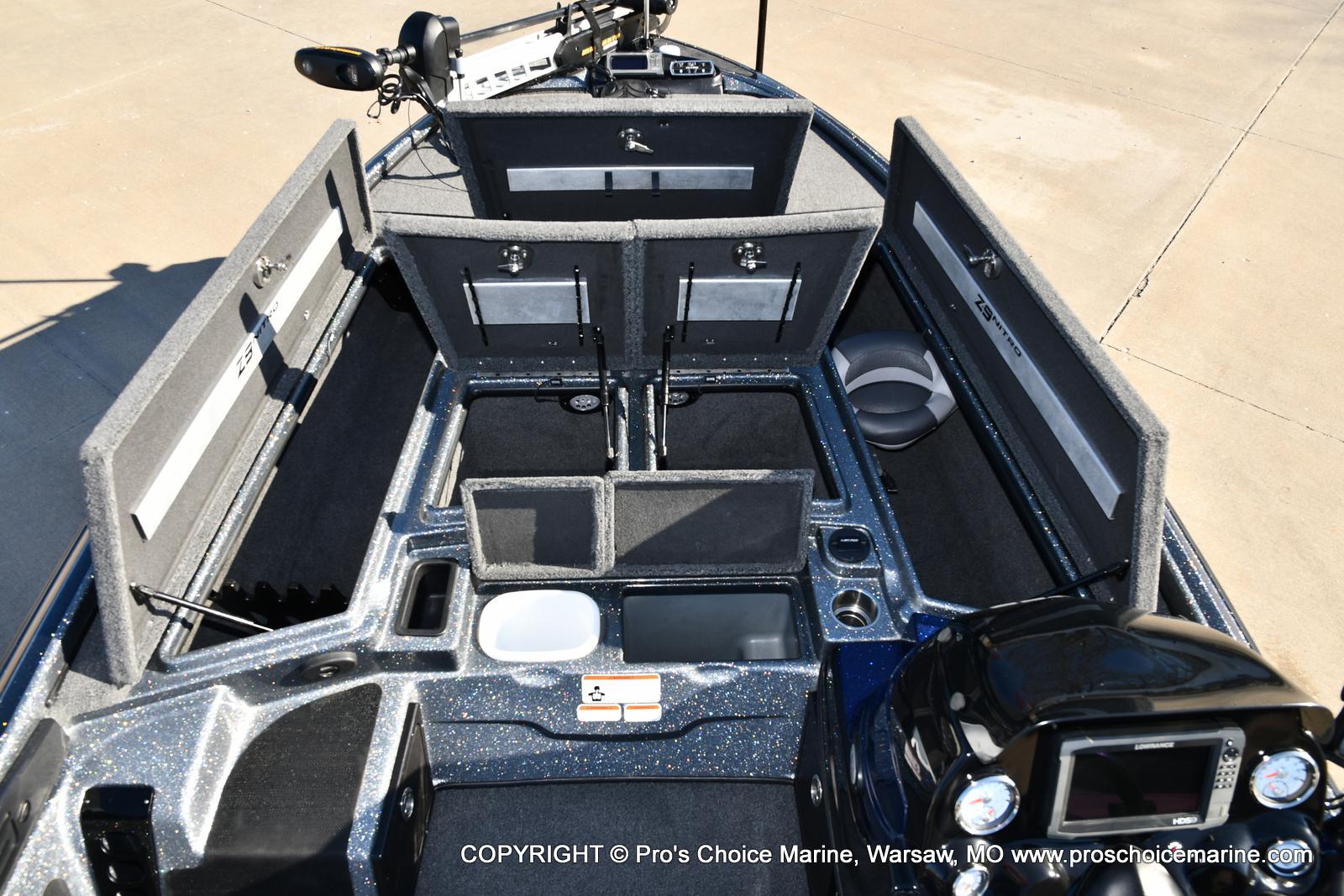 2015 Nitro boat for sale, model of the boat is Z-9 w/250HP Mercury Pro-XS & Image # 45 of 50