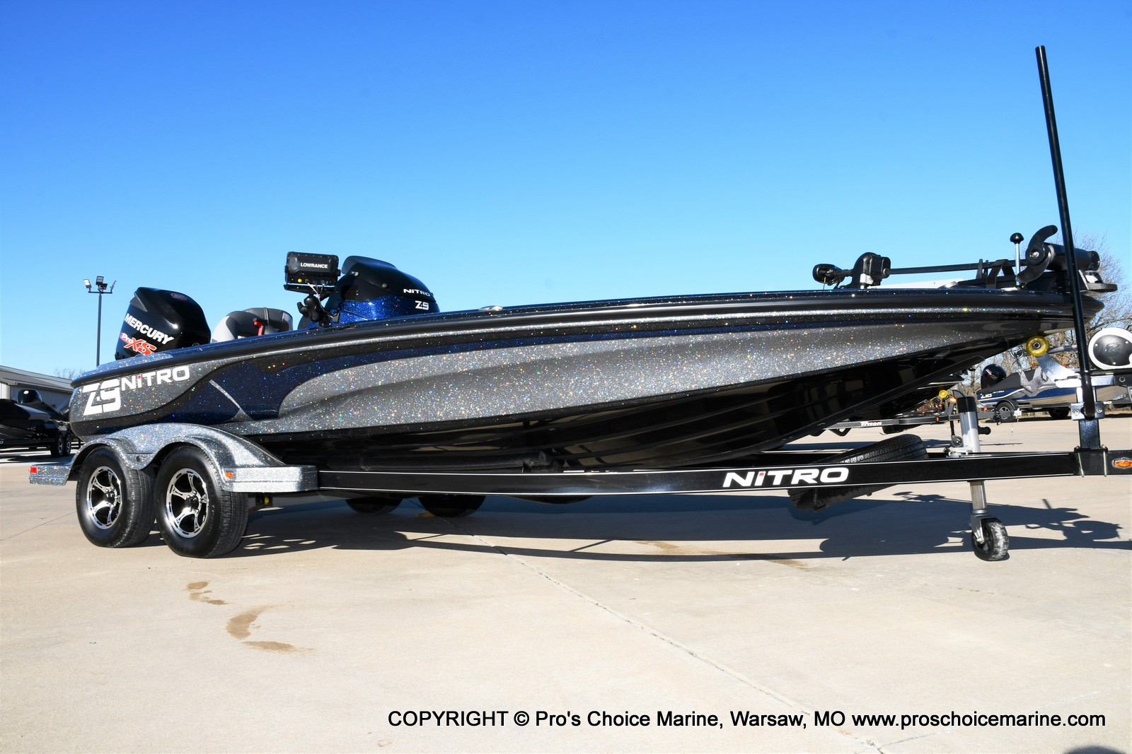 2015 Nitro boat for sale, model of the boat is Z-9 w/250HP Mercury Pro-XS & Image # 2 of 50