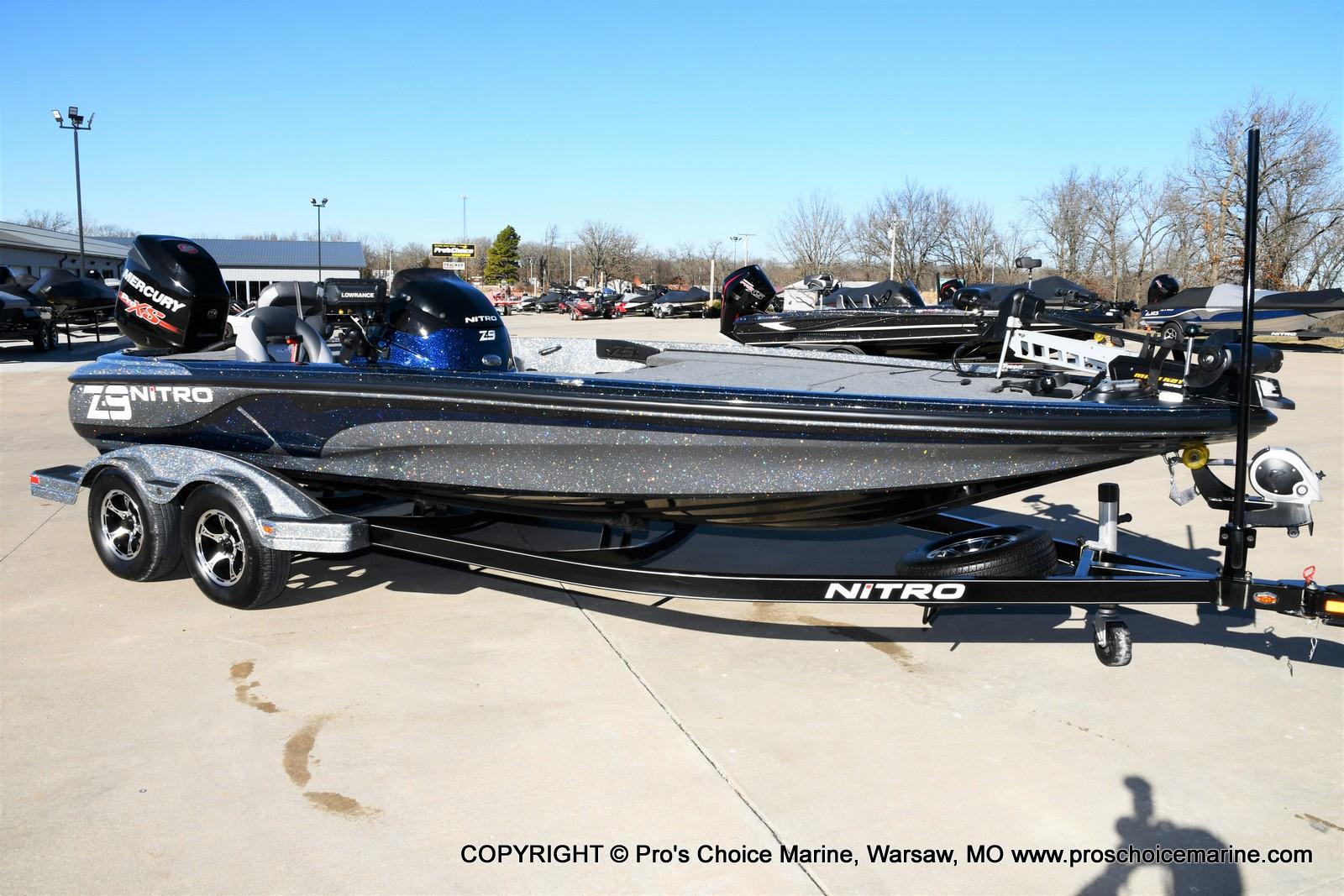 2015 Nitro boat for sale, model of the boat is Z-9 w/250HP Mercury Pro-XS & Image # 22 of 50