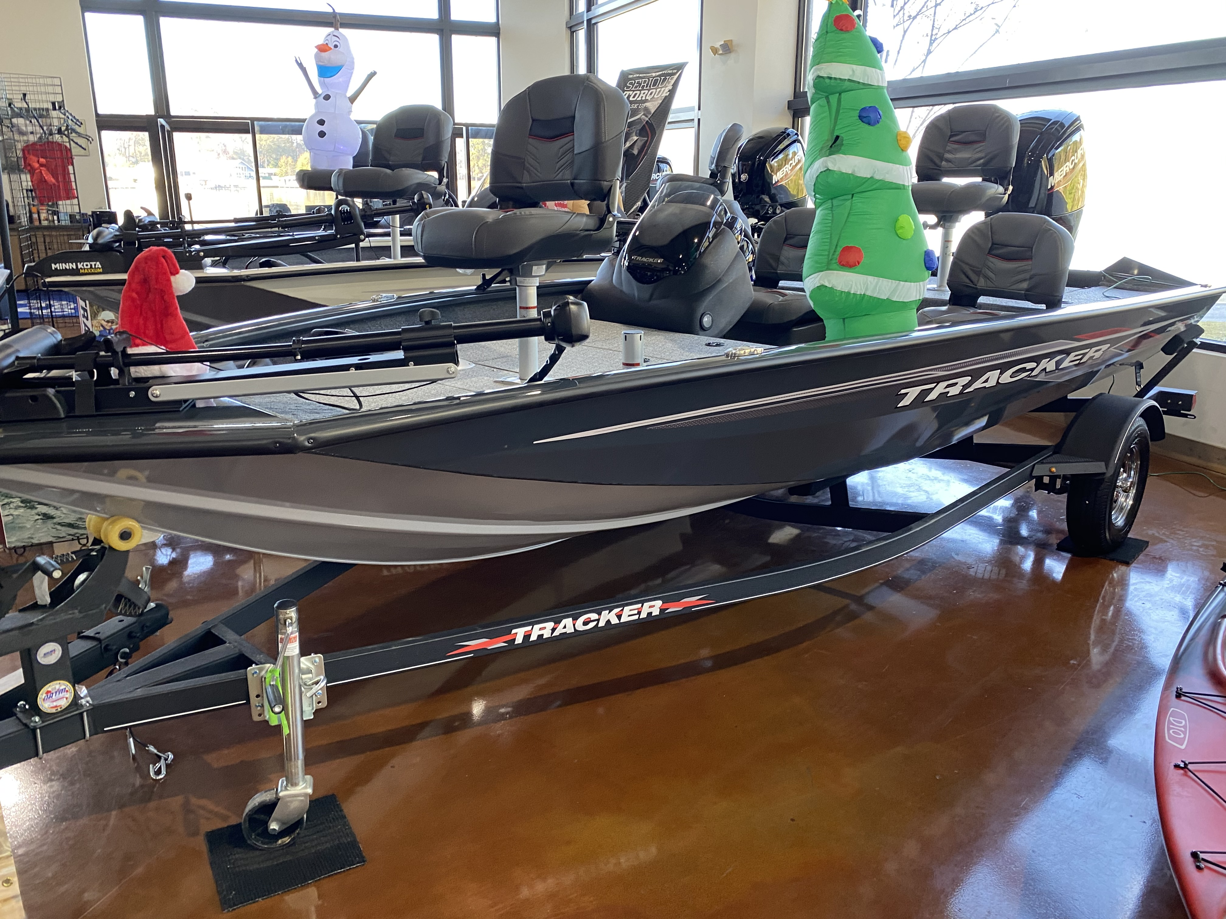 2021 Tracker Boats boat for sale, model of the boat is Pro Team 175 TF & Image # 1 of 2