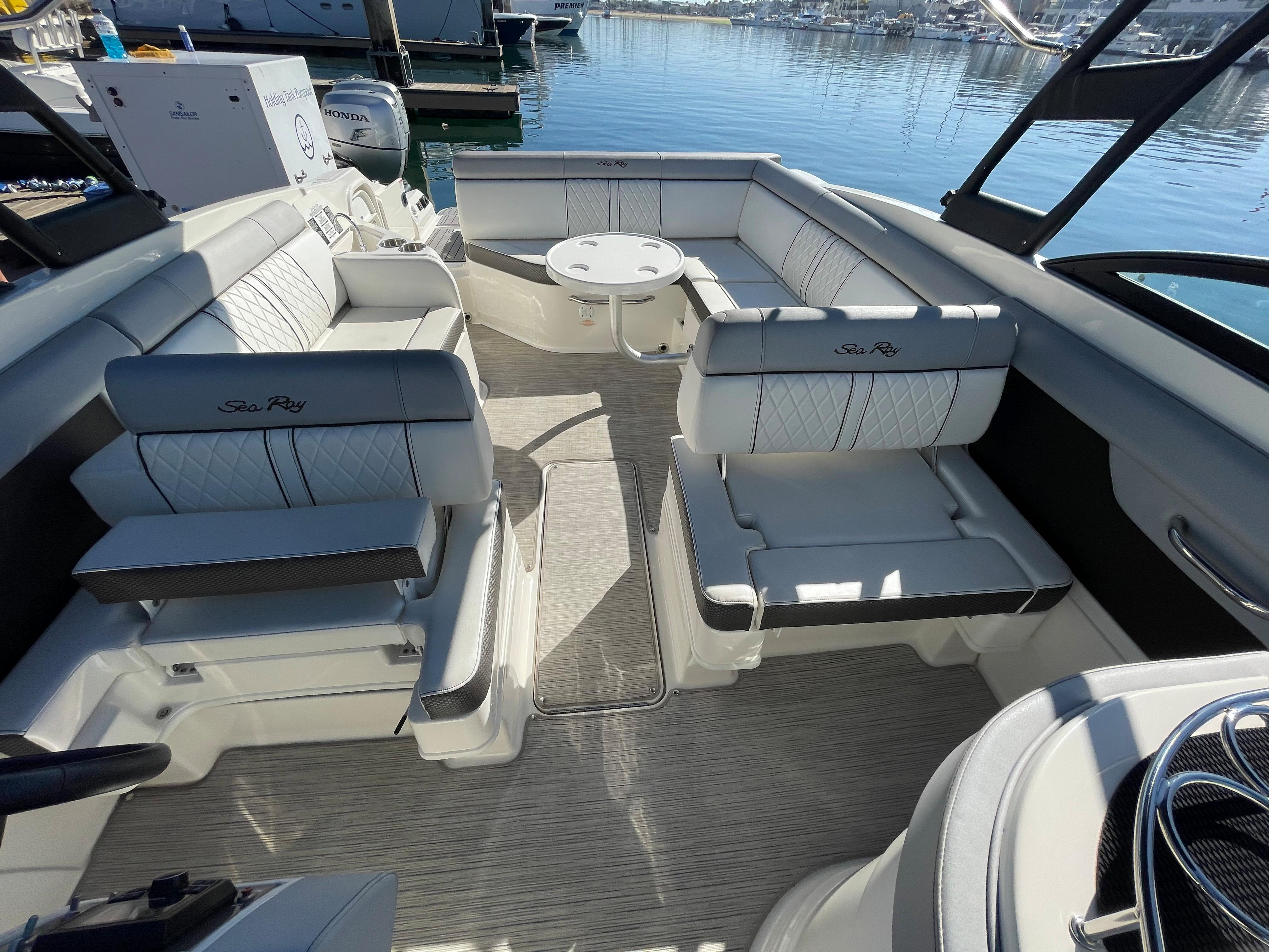2016 Sea Ray 270 Sundeck #TB3640RL inventory image at Sun Country Coastal in Newport Beach