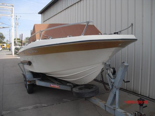 1979 IMP boat for sale, model of the boat is AZTEC 21' & Image # 15 of 30