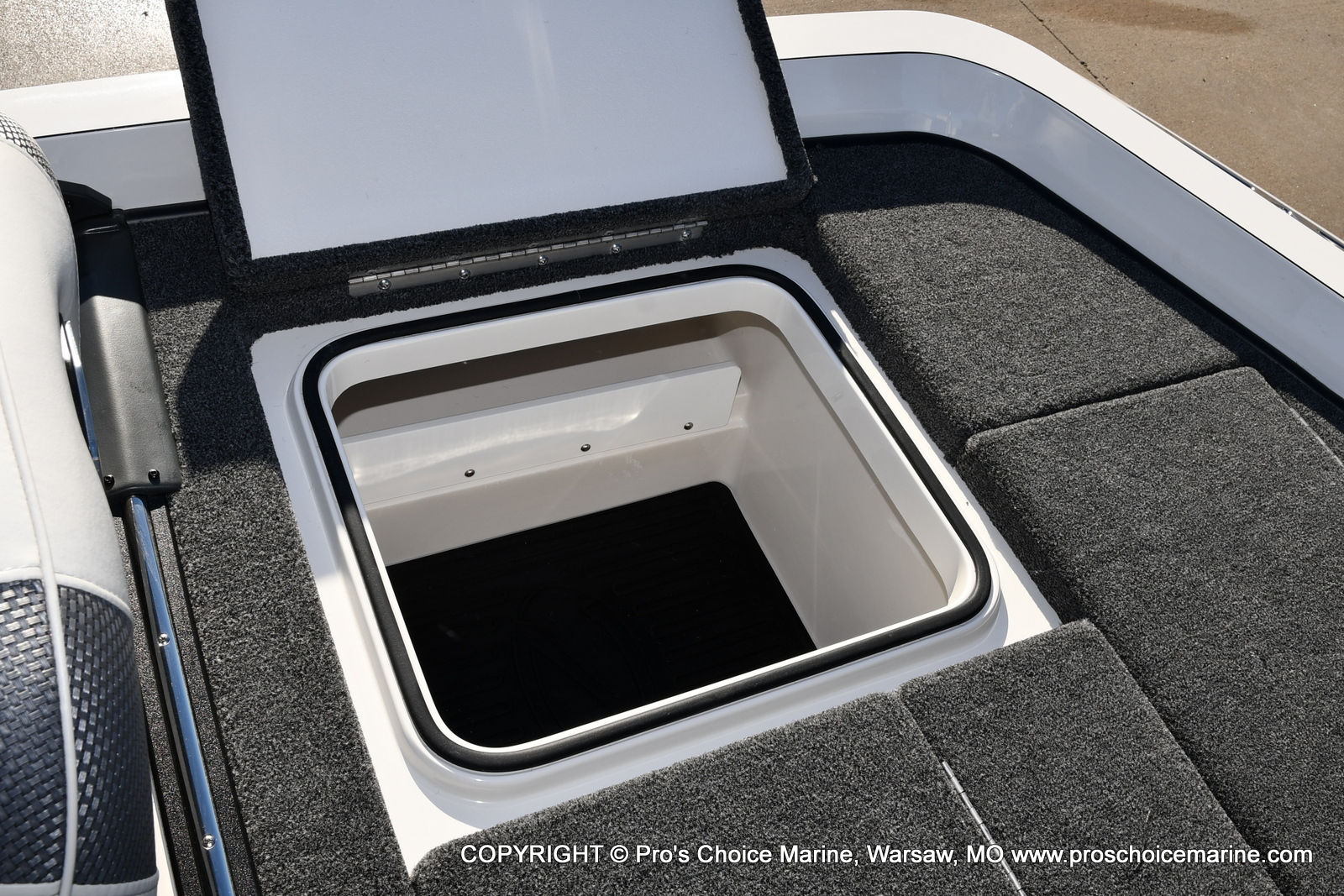 2021 Ranger Boats boat for sale, model of the boat is Z520L RANGER CUP EQUIPPED & Image # 22 of 50