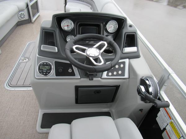 2020 Ranger Boats boat for sale, model of the boat is Reata 243C & Image # 5 of 6