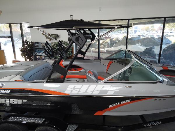 2021 Sanger boat for sale, model of the boat is V215 SX & Image # 3 of 20