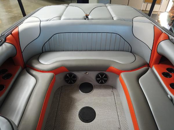 2021 Sanger boat for sale, model of the boat is V215 SX & Image # 7 of 20