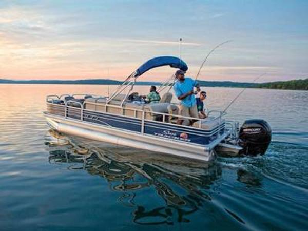 2020 Sun Tracker boat for sale, model of the boat is FISHIN' BARGE® 22 DLX & Image # 1 of 1