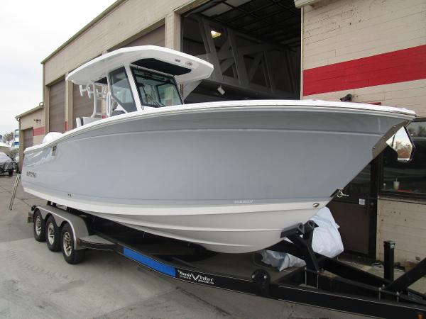 2021 Blackfin boat for sale, model of the boat is 272CC & Image # 3 of 47