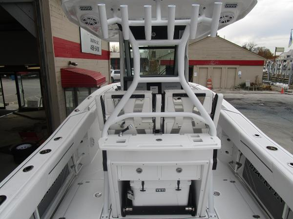 2021 Blackfin boat for sale, model of the boat is 272CC & Image # 10 of 47