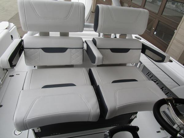 2021 Blackfin boat for sale, model of the boat is 272CC & Image # 19 of 47