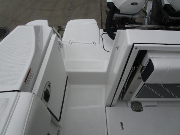 2021 Blackfin boat for sale, model of the boat is 272CC & Image # 43 of 47