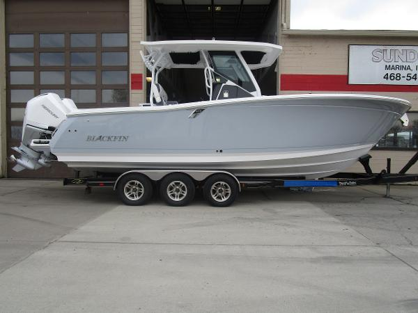 2021 Blackfin boat for sale, model of the boat is 272CC & Image # 45 of 47