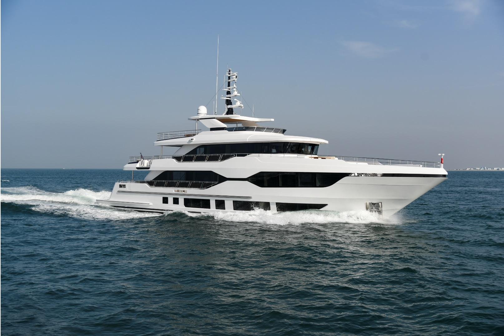 Gulf Craft Majesty 120