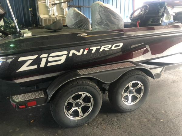 2021 Nitro boat for sale, model of the boat is Z19 Pro & Image # 3 of 3