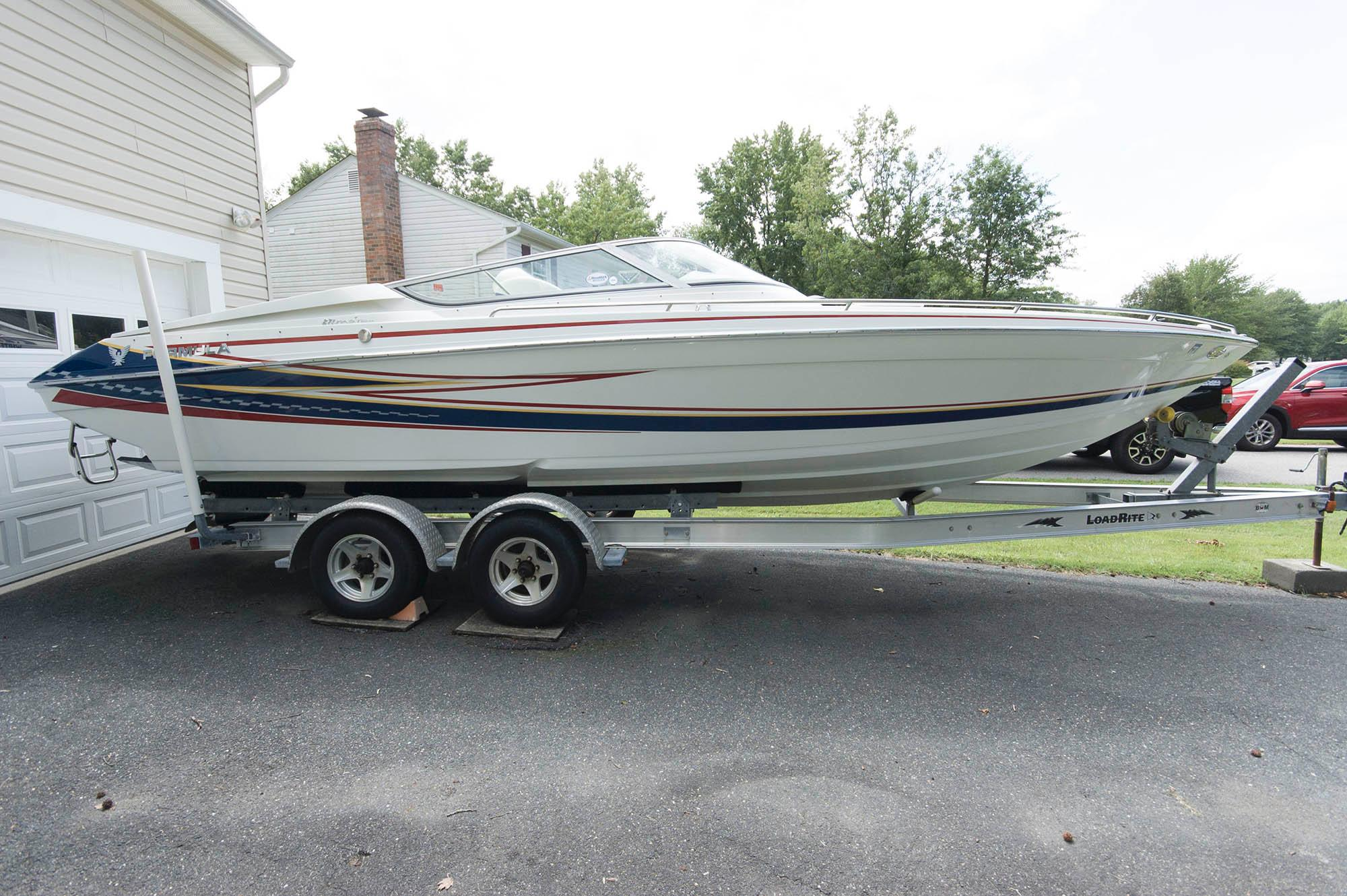 M 5590 KB Knot 10 Yacht Sales