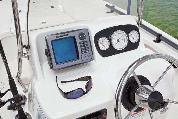 2015 Mako boat for sale, model of the boat is 18 LTS & Image # 19 of 45