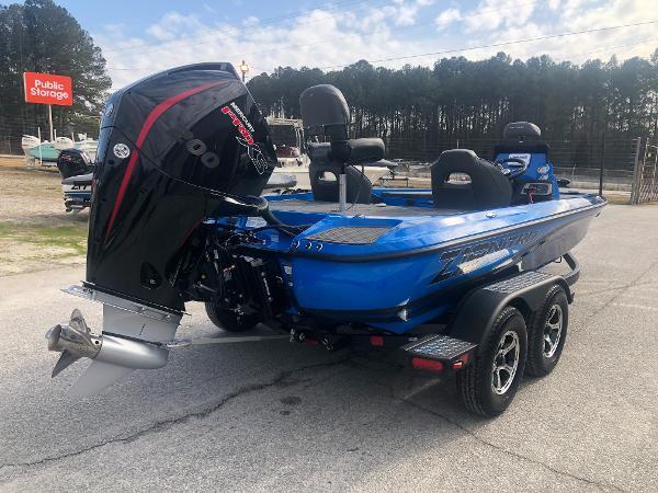 2021 Nitro boat for sale, model of the boat is Z19 & Image # 3 of 33