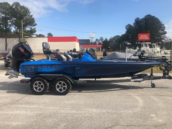 2021 Nitro boat for sale, model of the boat is Z19 & Image # 4 of 33