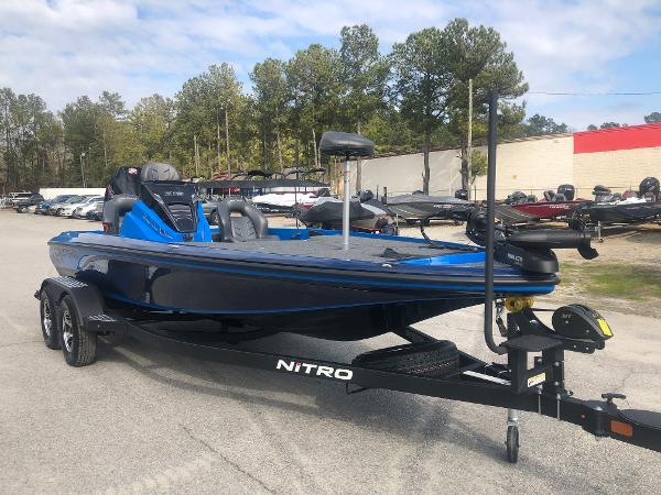 2021 Nitro boat for sale, model of the boat is Z19 & Image # 5 of 33