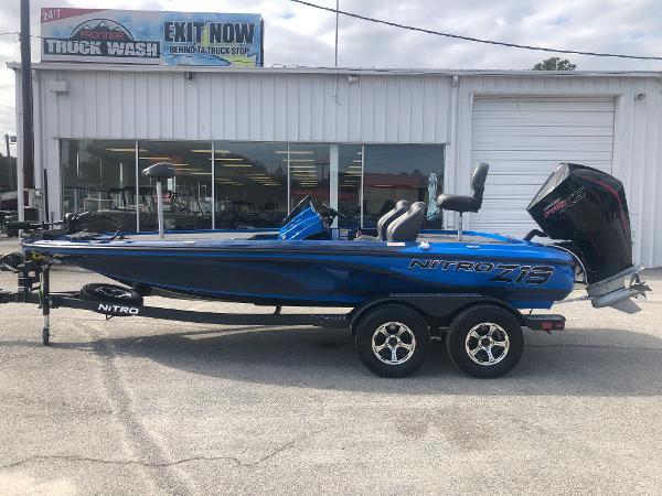 2021 Nitro boat for sale, model of the boat is Z19 & Image # 7 of 33