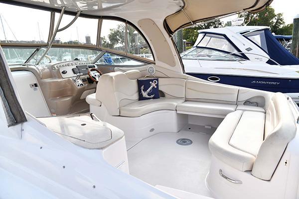 M 5761 VR Knot 10 Yacht Sales