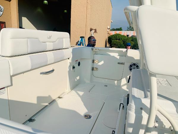 2021 Mako boat for sale, model of the boat is 236 CC & Image # 5 of 123
