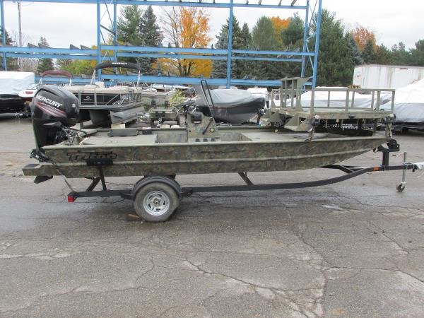2017 Triton boat for sale, model of the boat is 1860 MVX Sportsman & Image # 3 of 15