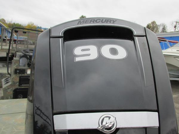 2017 Triton boat for sale, model of the boat is 1860 MVX Sportsman & Image # 8 of 15