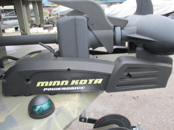 2017 Triton boat for sale, model of the boat is 1860 MVX Sportsman & Image # 9 of 15