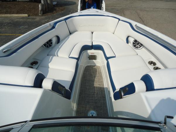 2021 Crownline boat for sale, model of the boat is 280 SS & Image # 7 of 10