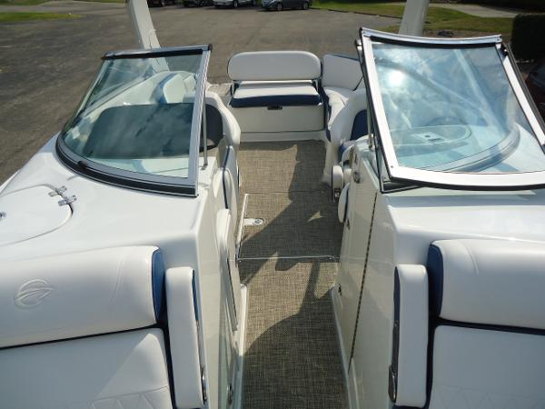 2021 Crownline boat for sale, model of the boat is 280 SS & Image # 8 of 10