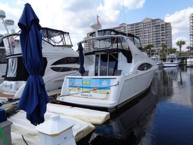 Carver Three Fifty Mariner - Aft To Starboard