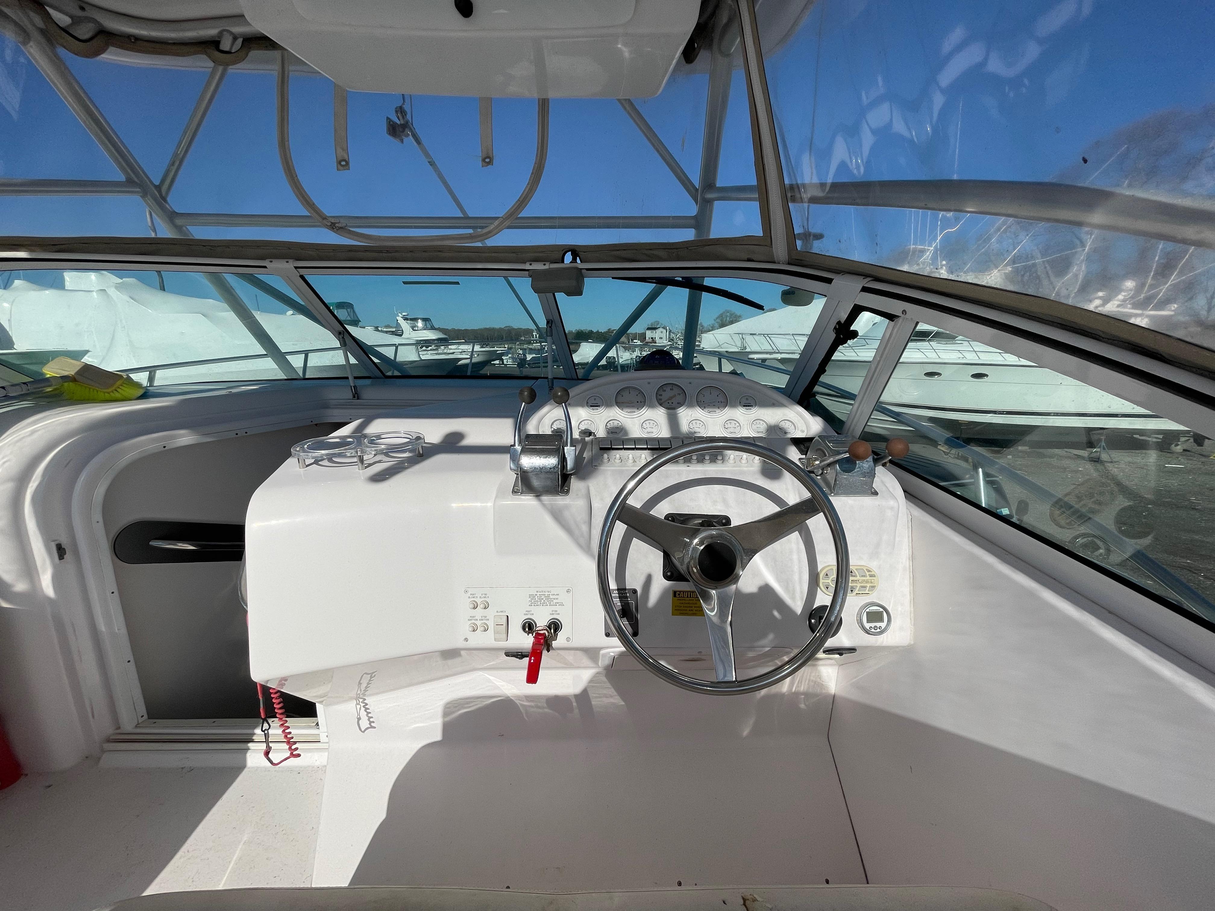 NY 6117 LK Knot 10 Yacht Sales