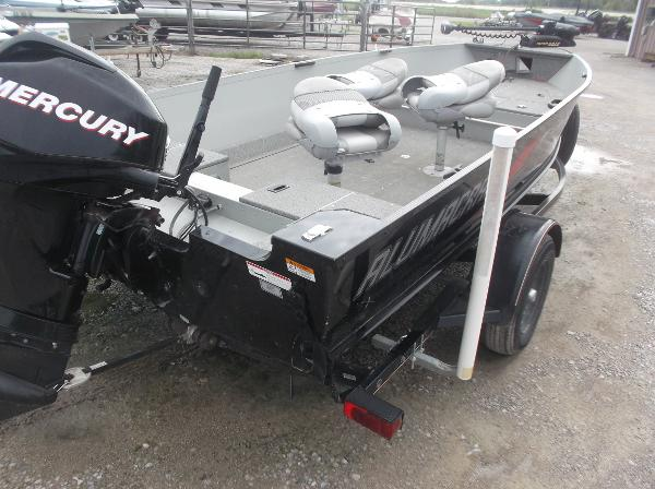 2010 Alumacraft boat for sale, model of the boat is 165 Classic camp & Image # 10 of 14