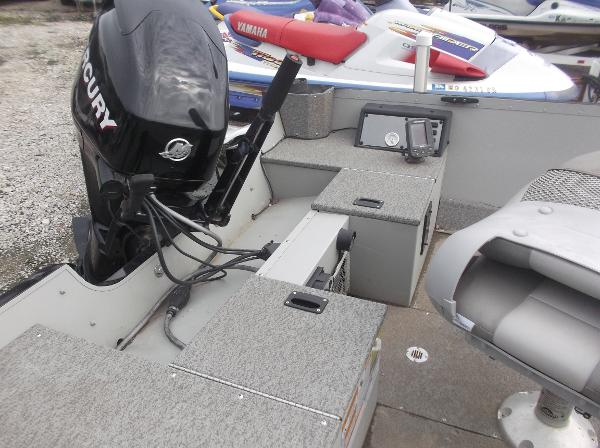 2010 Alumacraft boat for sale, model of the boat is 165 Classic camp & Image # 11 of 14