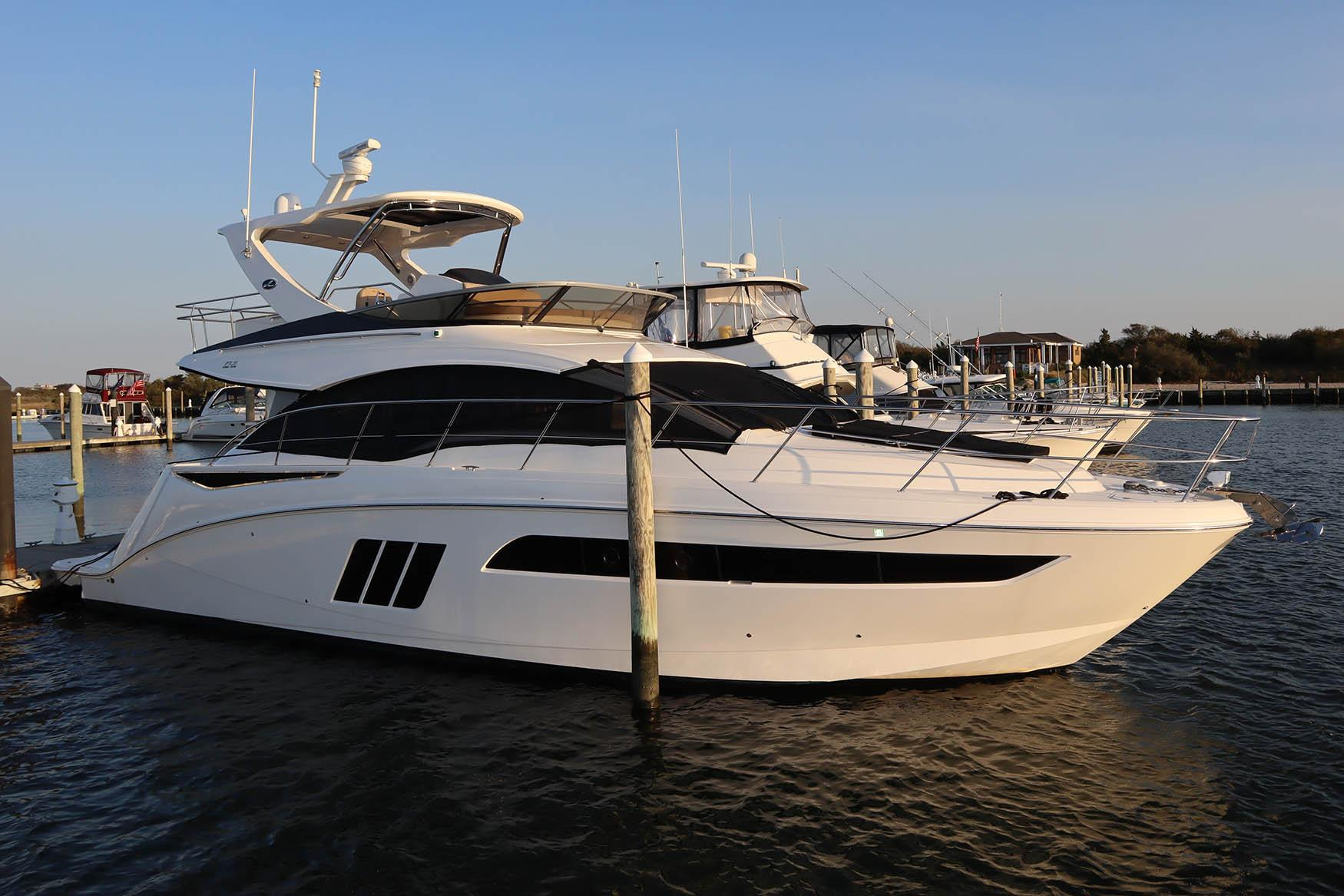 NY 5727 KM Knot 10 Yacht Sales